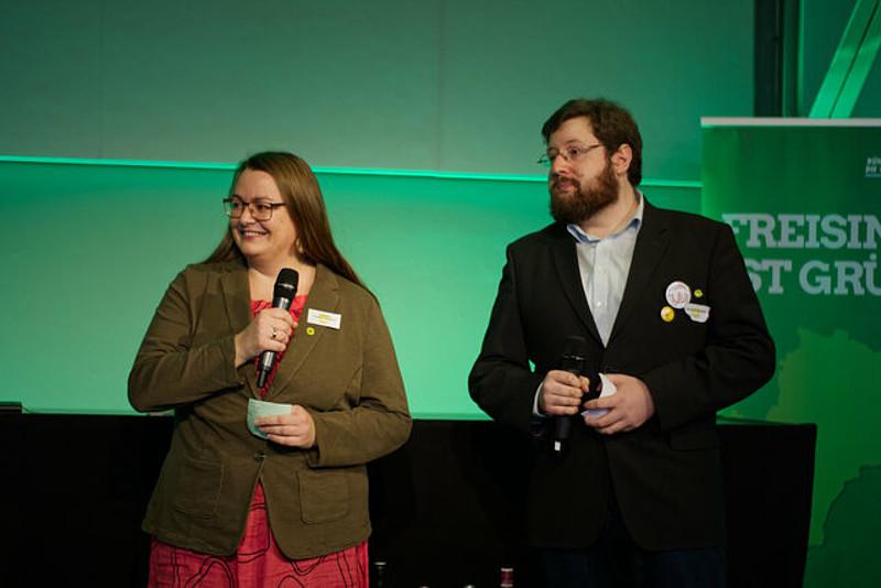 Verena Juranowitsch (Kreissprecherin) und Dr. Maximilian Breu (Kreissprecher) bei der Begrüßung der Gäste