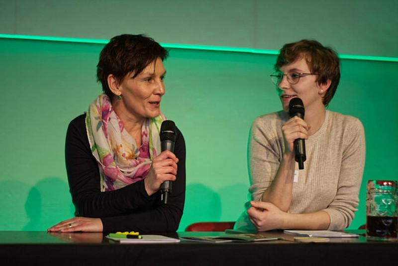 In Großaufnahme Joana Bayraktar und unsere Freisinger OB-Kandidatin Susanne Günther
